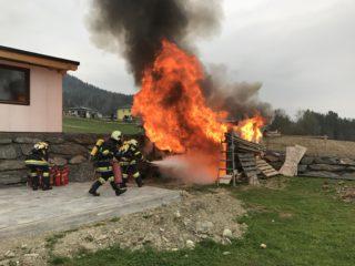 Monatsübung März – Feuerlöscher